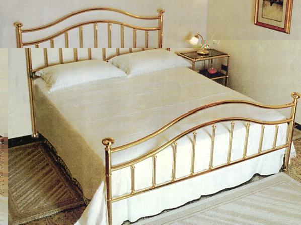 Best Letti In Ottone Pictures - Modern Home Design - orangetech.us