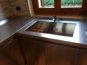Piani cucina in acciaio inox top cucina corten e rame su - Piano cucina acciaio inox ...