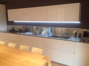 Piani cucina in acciaio inox top cucina corten e rame su for Piani cabina personalizzati